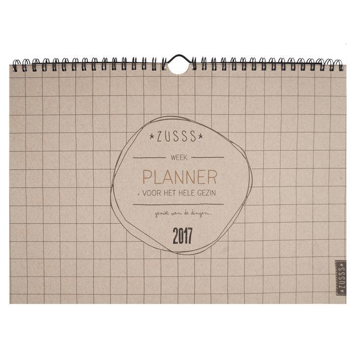 De uitvinding: Zusss familie planner!Hoe handig is het om alle activiteiten die in je hoofd zweven op te kunnen schrijven. Met leuke printjes,voor heel 2017
