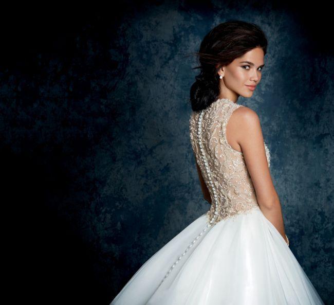 Os deslumbrantes vestidos de noiva da colecção Sapphire de Alfred Angelo Image: 9