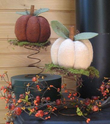 Rusty spring pumpkin display
