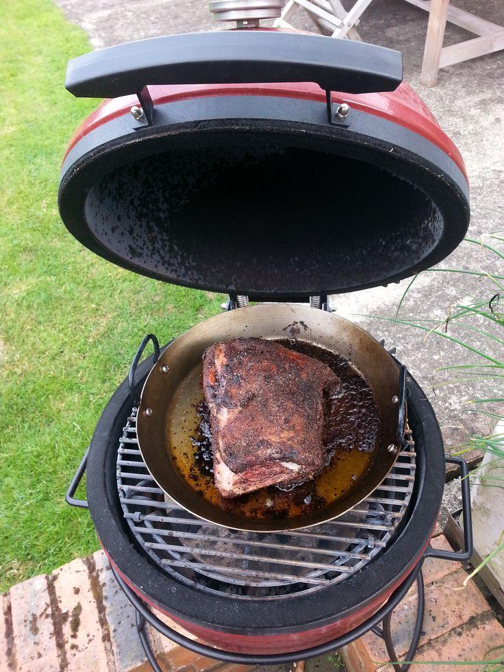 kamado joe slow cooked pulled pork