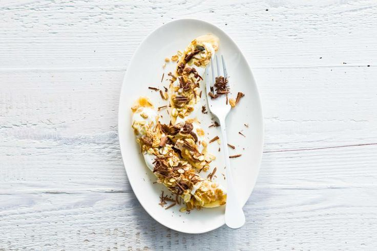 Van deze vezelrijke ontbijt bananasplit krijg je genoeg energie om de dag goed te beginnen - Recept - Allerhande