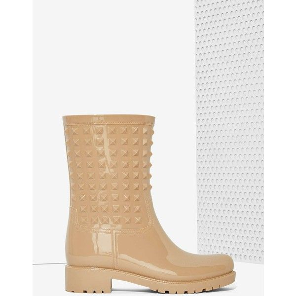 Camden Studded Rain Boot (305 RON) ❤ liked on Polyvore featuring shoes, boots, beige, platform boots, wellies boots, round toe boots, shiny shoes en beige shoes