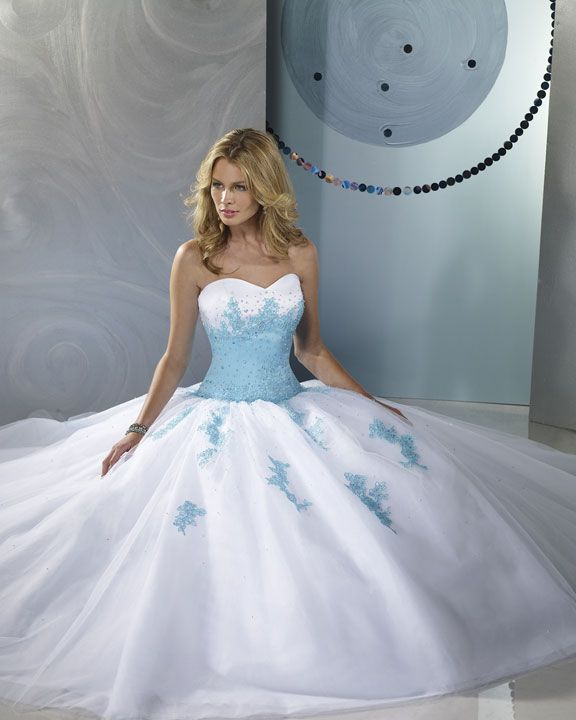 235 best Say YES to the Dress! images on Pinterest   Ballroom dress ...