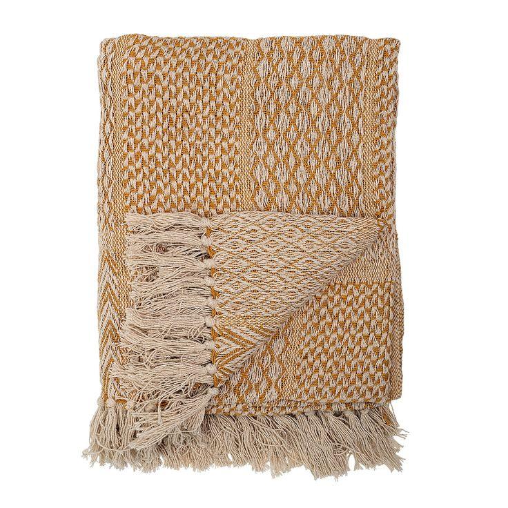 Fransad filt från Bloomingville. Här är en traditionell bomullsfilt med fransar i ett härligt sticka...