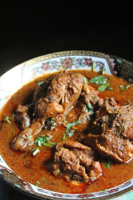 YUMMY TUMMY: Kolhapuri Chicken Curry Recipe