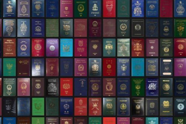 Pasport Malaysia diiktiraf nombor 8 paling berkuasa di dunia   Pasport Malaysia memberikan anda akses perjalanan tanpa visa untuk 151 negara menjadikannya pasport kelapan paling berkuasa di dunia dalam Indeks Pasport 2016.  Sejauh Mana Kekuatan Pasport Malaysia?  Ranking oleh Forum Ekonomi Dunia itu meletakkan Malaysia setanding dengan negara-negara seperti Iceland Australia dan Malta.  Indeks tersebut menentukan kedudukan pasport mengikut bilangan negara yang boleh dikunjungi tanpa perlu…