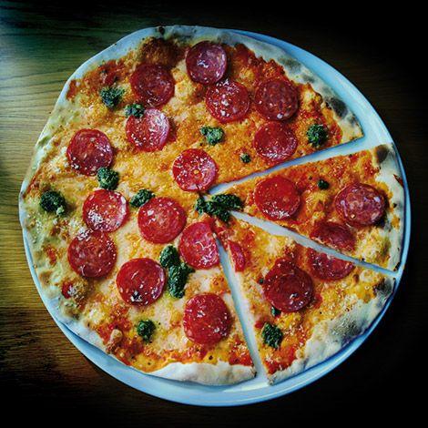 :) la pizza #peperoni es mítica ¿cual es tu preferida?
