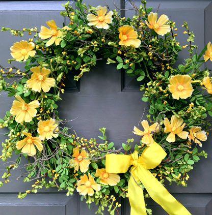 Yellow Cosmos Wreath - Creative Decorations by Ridgewood Designs