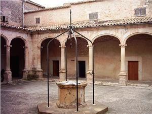 Visit the Claustro de Sant Francesc, Sineu. Mallorca. Spain