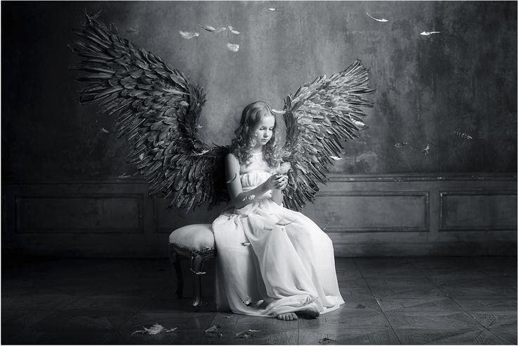 Очень грустные открытки с ангелами, цветы