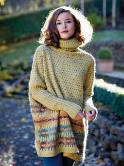 Fanziska - Knit this womens fairisle sweater from Rowan Knitting & Crochet Magazine 56, a design by Gallina Carroll using the ever popular yarn Felted Tweed (merino wool & alpaca). With a long turtle neck, drop shoulder and ribbed sleeves, this knitting pattern is for the intermediate knitter.