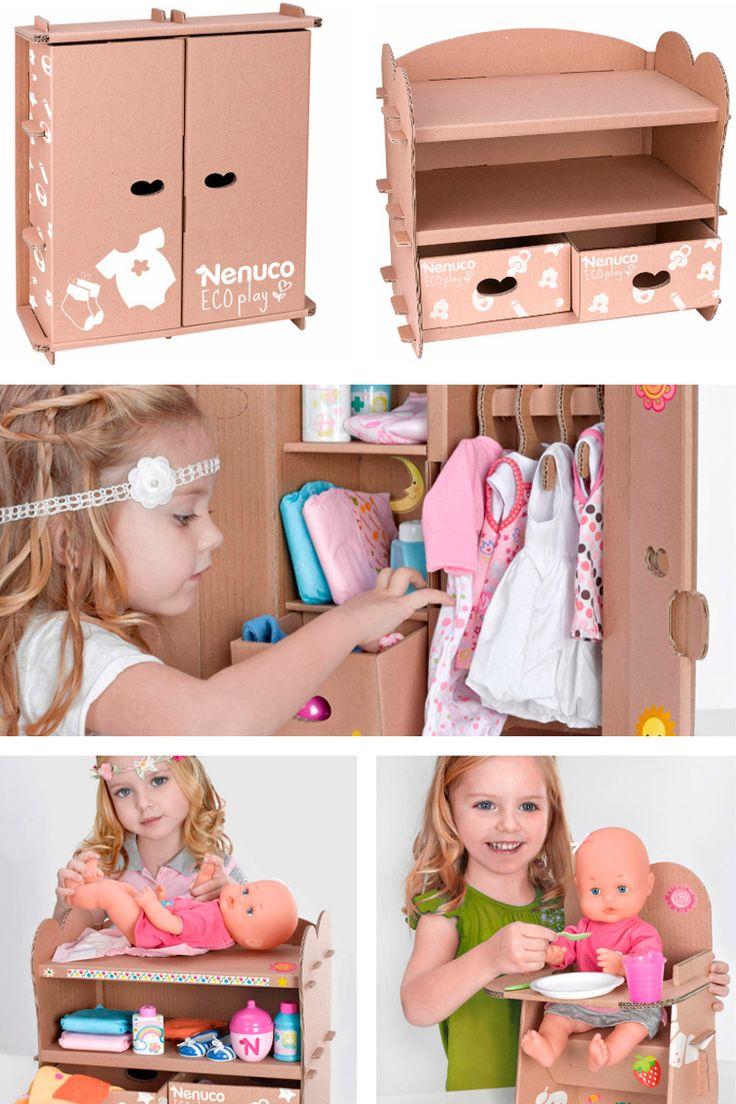 """¿Te gustan los juguetes de cartón? ¿Has fabricado alguna vez uno? Entonces te va a encantar lo que traigo hoy, los nuevos accesoriosde Nenuco, hechos íntegramente con cartón. Yo no soy partidaria de los juguetes """"muy elaborados"""" quedejan poco lugar a la imaginación del niño. Todos hemosvivido más de una vez la..."""