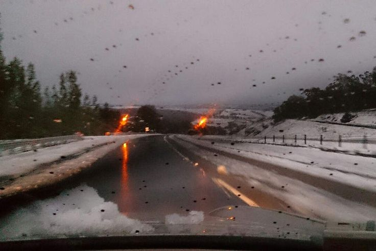 Snow at Wallerawang outside of Lithgow