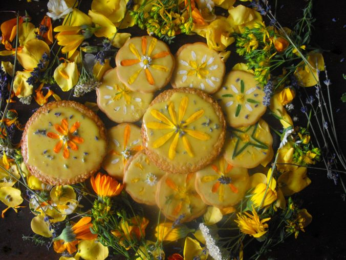 Gorgeous Midsummer Solstice herb honey cookies! I love these, they are so beautiful
