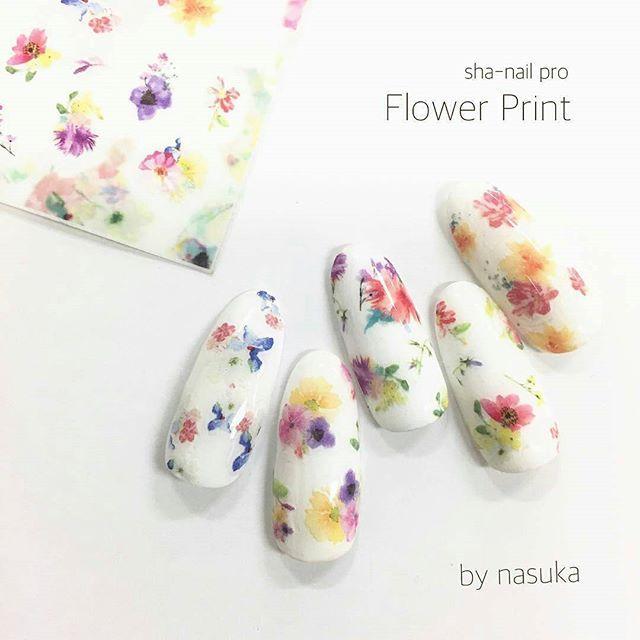 @Regrann from @nasuka1216 - . . 4/1発売新作!! . sha-nail pro Flower Print . . 春夏の必須のフラワーモチーフ♡ . 1シートから色んなバリエーションのお花の総貼りができます♡ . .  #gel #gelnail #nail #nailart #ジェル #ジェルネイル #ネイル #ネイルアート#ネイルデザイン  #セルフネイル #指甲彩绘#指甲#指甲美容沙龙#凝胶指甲#美甲#ネイルチップ#ネイルシール#네일아트#네일#샤네일 #ネイルサンプル#シンプルネイル#写ネイル#shanail #flowernails #nailstickers #springnails #フラワーネイル #春ネイル