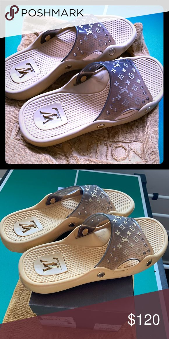 LV beach slippers size 9 Beautiful Louis Vuitton beach slippers in size 9 .. alm…