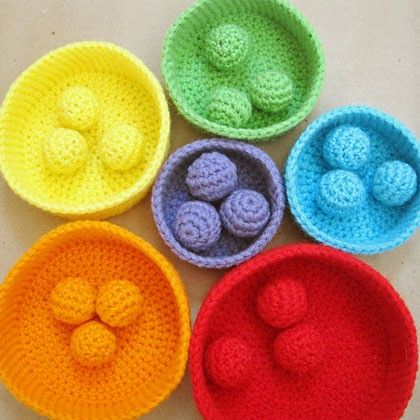 Crochet Pattern: Color Sorting Balls - Toddler activity!