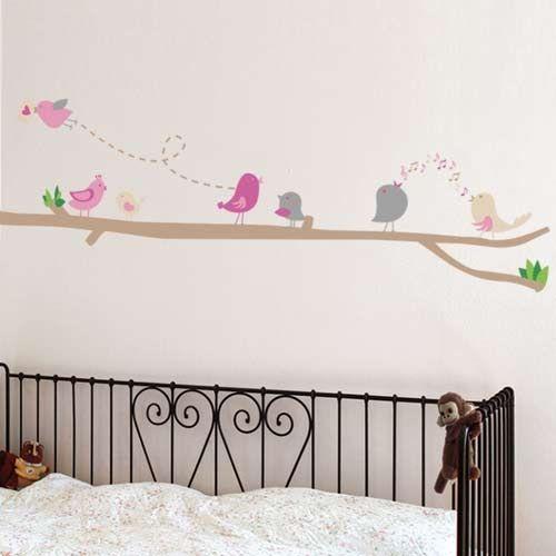 מדבקות קיר- מקהלה עליזה תמצאו כאן ועוד מגוון עצום של מתנות ומוצרי מעצבים באספקה מהירה look.co.il
