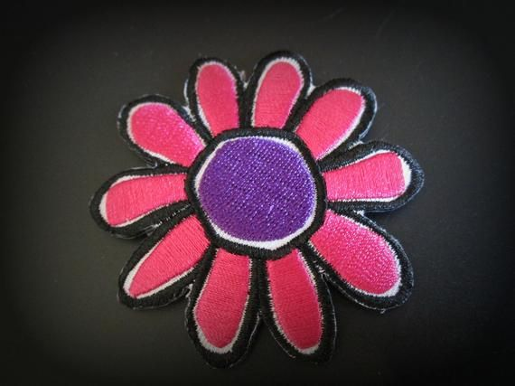 """9.5"""" White Gold Sequin Daisy Flower Patch Embroidered Fashion Iron On DIY Shirt"""