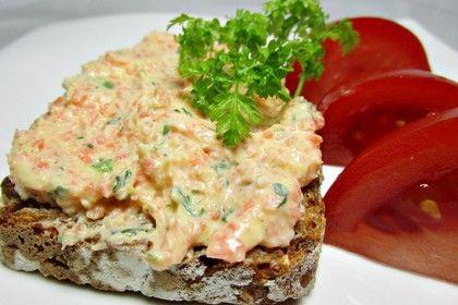Brotaufstrich mit Karotten, Feta und Frischkäse, ein tolles Rezept aus der Kategorie Aufstrich. Bewertungen: 36. Durchschnitt: Ø 4,1.