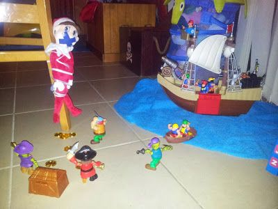 #ElfOnTheShelfIdeas #ElfieJasinski #KidsChristmasTradition #Creative #Pirates