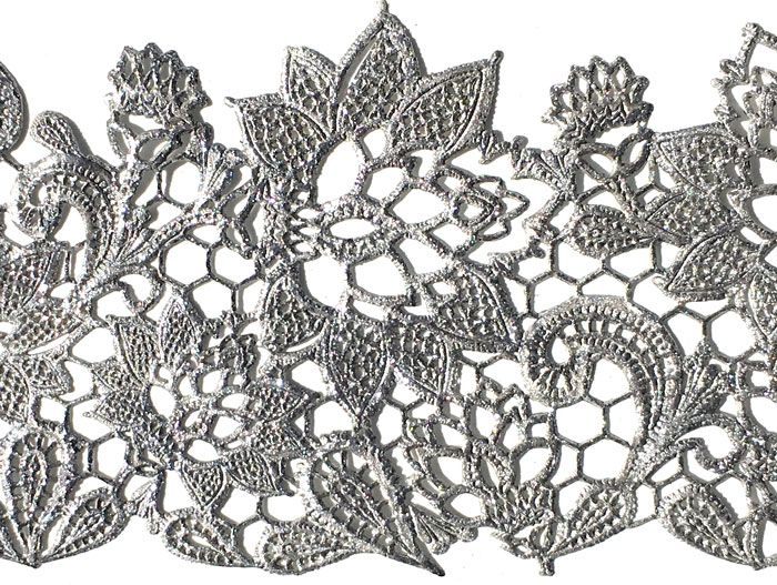 Guillotine -Vivid Diamond Lustre. Ready made lace sample using Guillotine- lace design is 'Spring Star' from the Crystal Candy mould range.