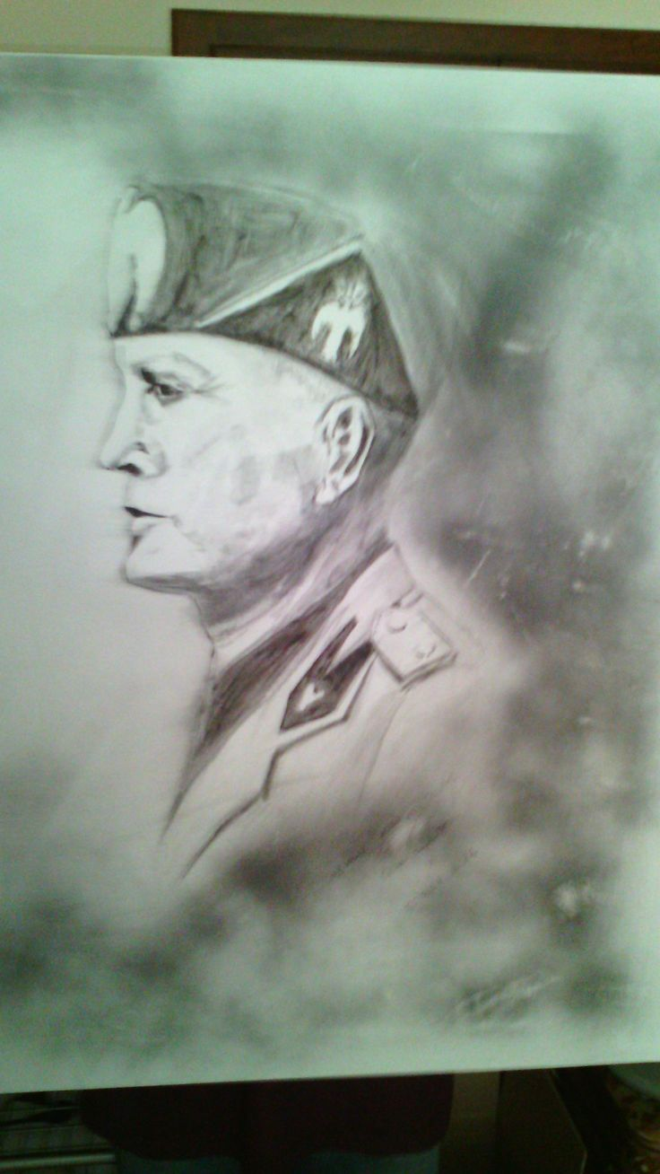 #BenitoMussolini#Tela#Dipinto#carboncino