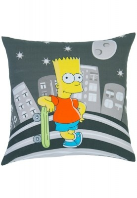 Add fun to your bedroom interiors with this multicoloured cushion cover from the house of Truhome. From its unique Simpsons collection, this cushion cover lends a unique look to your bedroom interiors.