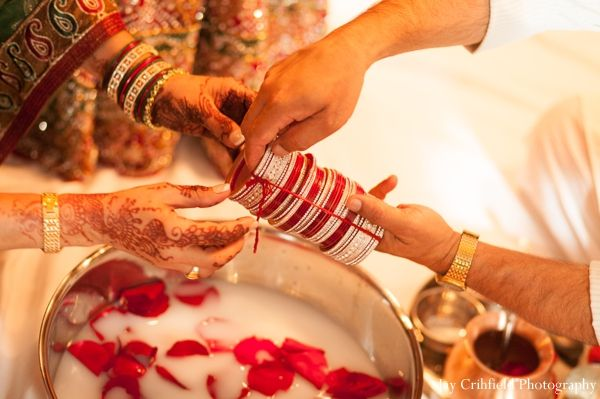 indian wedding bridal bangles traditional http://maharaniweddings.com/gallery/photo/6903
