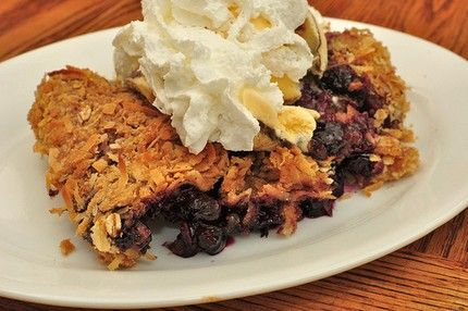 Weight Watchers Blueberry Crisp recipe – 2 WW points, 3 WW points plus, 121 calories