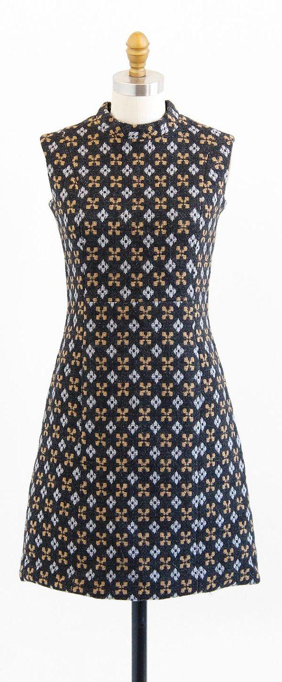 vintage 1960s mod argyle print wool shift dress   http://www.rococovintage.etsy.com