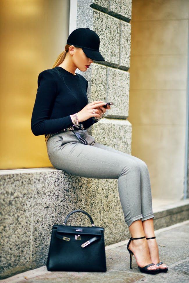 Fashion: classy casual, heels and baseball cap