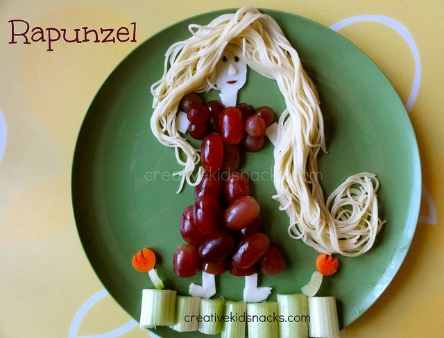 Disney's Tangled by Creative Kid Snacks - so cute. I could try string cheese for hair and it might work for A.