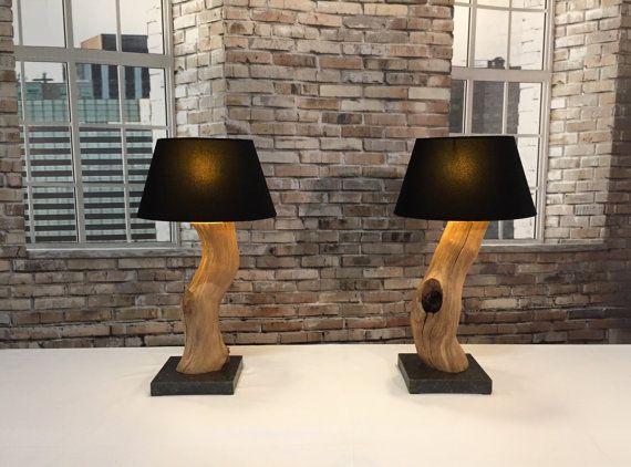 Lámpara de mesa de roble viejo. No. 1 por GBHNatureArt en Etsy