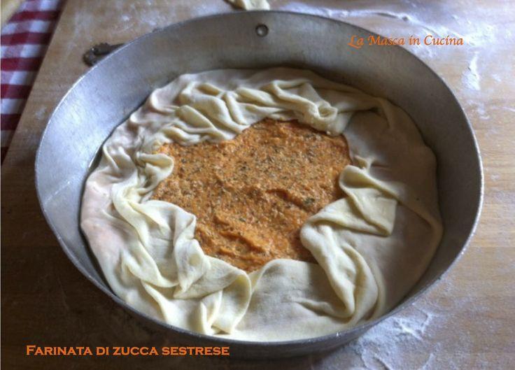 Faina de sücca, la farinata di zucca, una torta salata molto magra della cucina ligure, adatta a regimi ipocalorici, ma saporiti