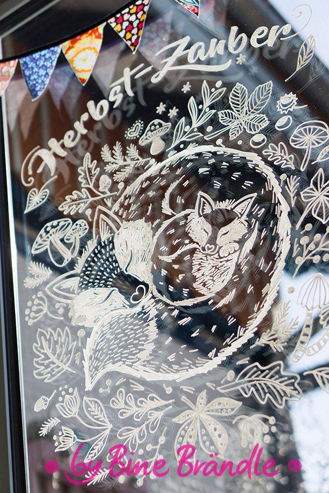 Zwei Niedliche Kuschelnde Fuchse Zaubern Den Herbst Herbei Diese Kranz Vorlage Fur Kreidemarker Und Noch Viele Weitere Kreidemalerei Kreativitat Ideen Kreativ