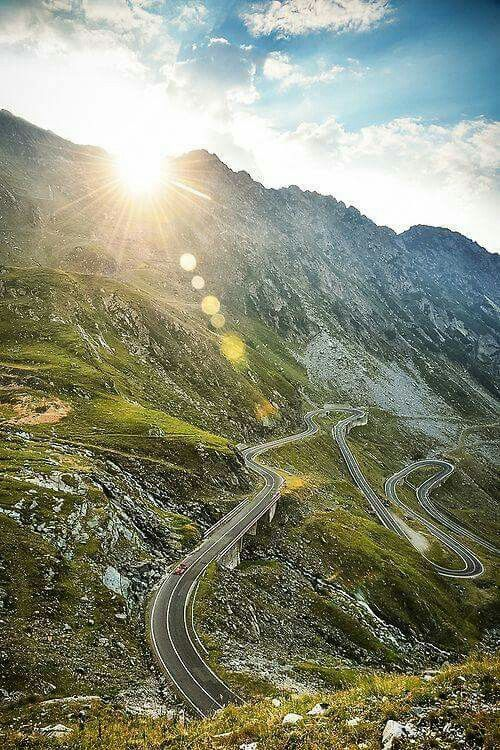 Breathtaking view on Transfagarasan Way, Fagaras Mountains, Romania