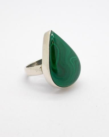 Malachite Ring, 925 Sterling Silver. Stone 15 x 25 mm, US Ring Size 8.5