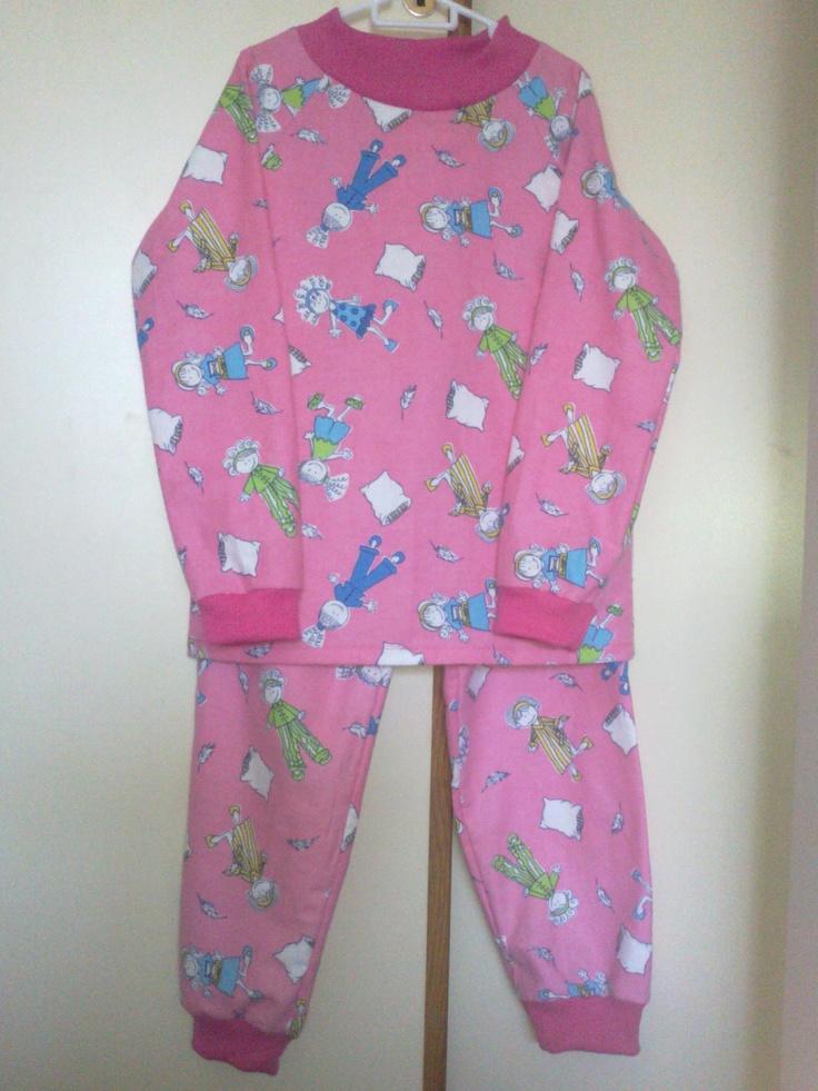 Girl's Winter PJs in flannelette (4 - 6 years) - R170.00