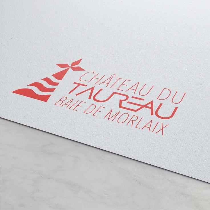 Projet pour l'appel d'offre du Château du Taureau - Logo et plaquette, identité visuelle. • #france #bretagne #morlaix #chateaudutaureau #logo #chateaudefrance #graphicdesign #branding #identitévisuelle #culture #toulouse #girlsmakesense