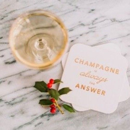 Sip bubbly while you write holiday cards is just one of our suggestions of things to do this weekend! See more on the site. #gg5things
