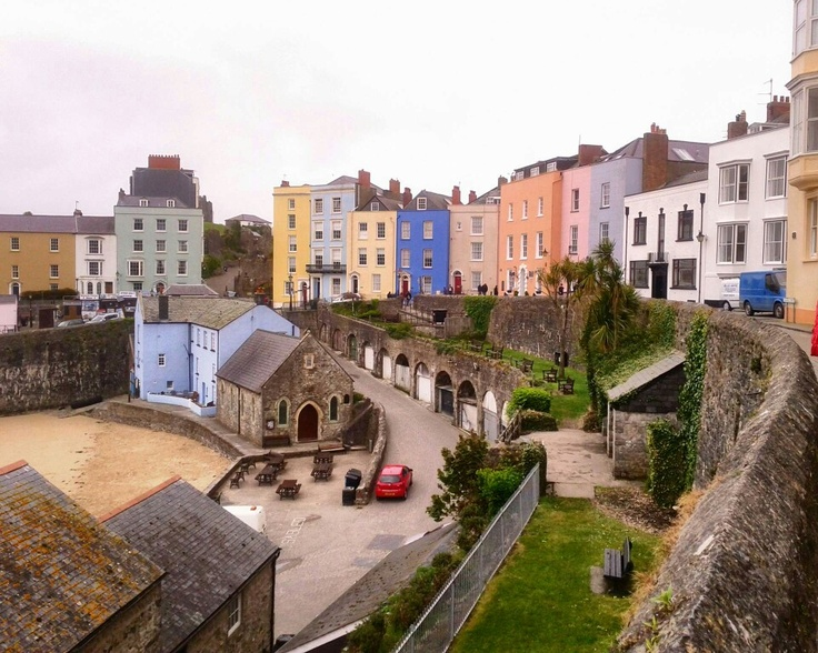 Tenby, South Wales, UK. Soooooo pretty.