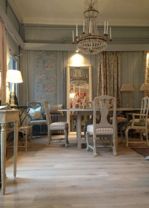 Trier Interiors in Oslo showing our Master Chandelier