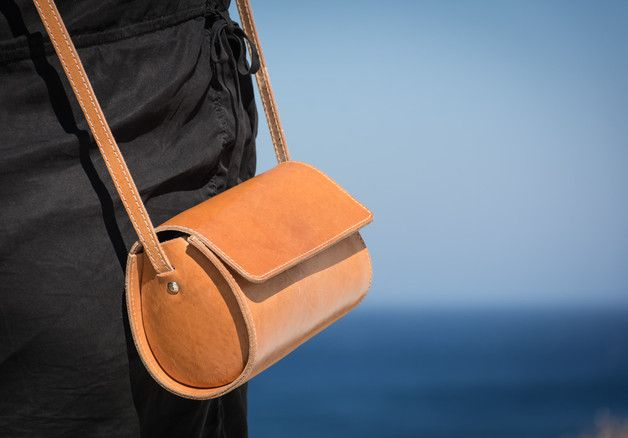 Handbag – Women's Cross Body, Natural Tan Leather Bag – a unique product by Kyania on DaWanda