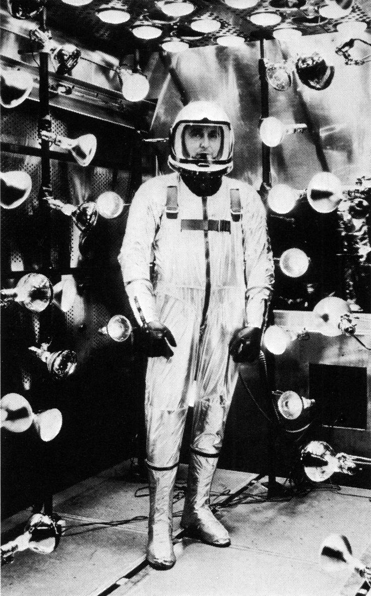 retro space suits - photo #20