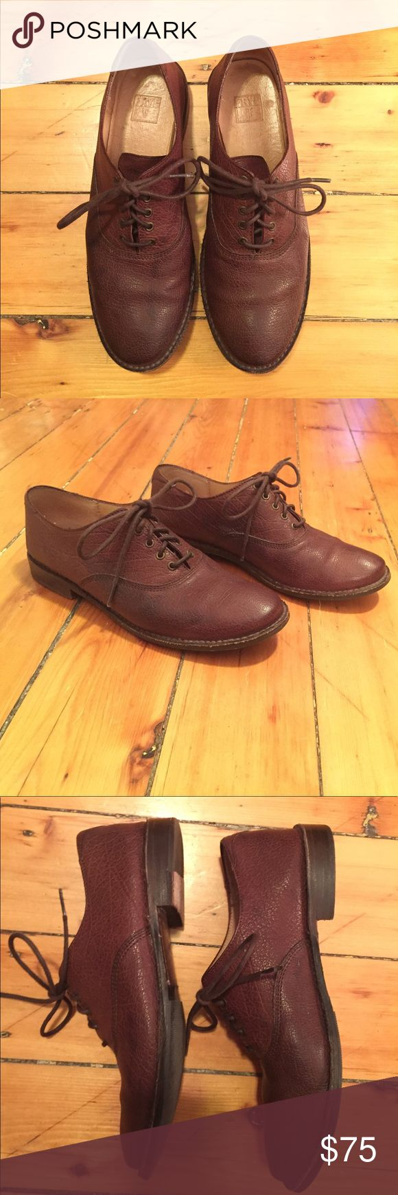 Frye Paige Lace Up Oxfords. Dark Brown. Classic leather lace up oxfords. Wear with your favorite jeans, a summery skirt, or business casual. Very good condition. Frye Shoes Flats & Loafers