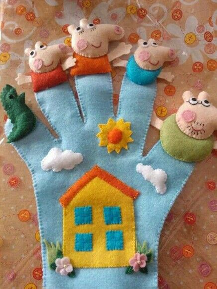 Peppa Pig and Family Puppet Glove * No instructions available.