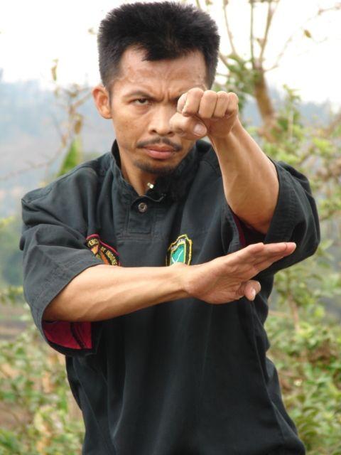 Pamonyet, Pencak Silat (Kang Cecep)
