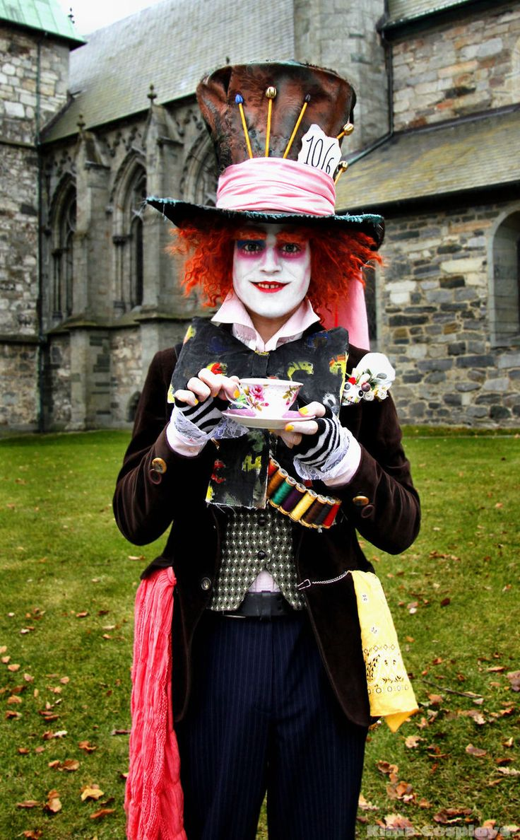 Mad Hatter cosplay by