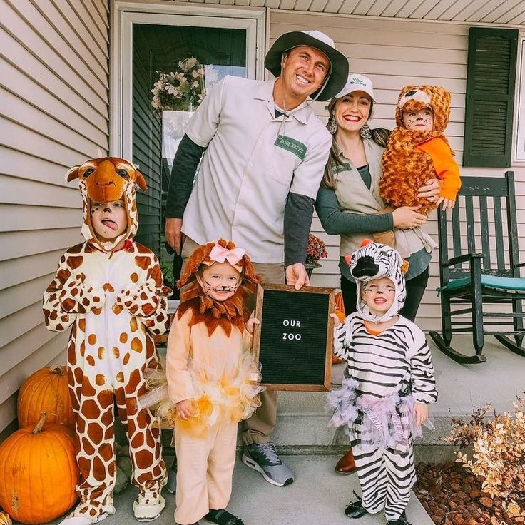 41 Amazing Family Halloween Costume Ideas That You Can Copy Right Now